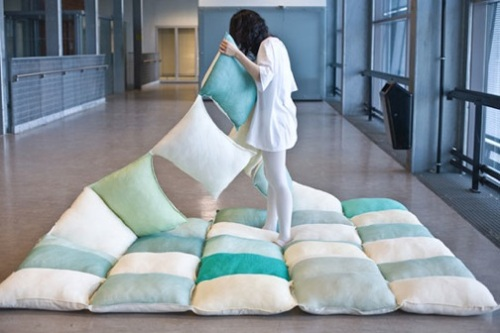 The Pillow Blanket Concept