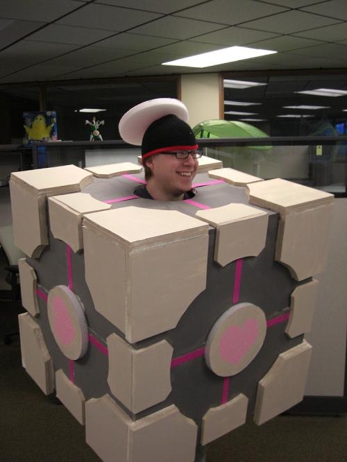 Portal (Companion Cube) - ?