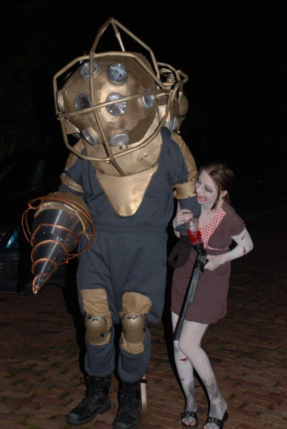 Bioshock (Big Daddy and Little Sister) - ?